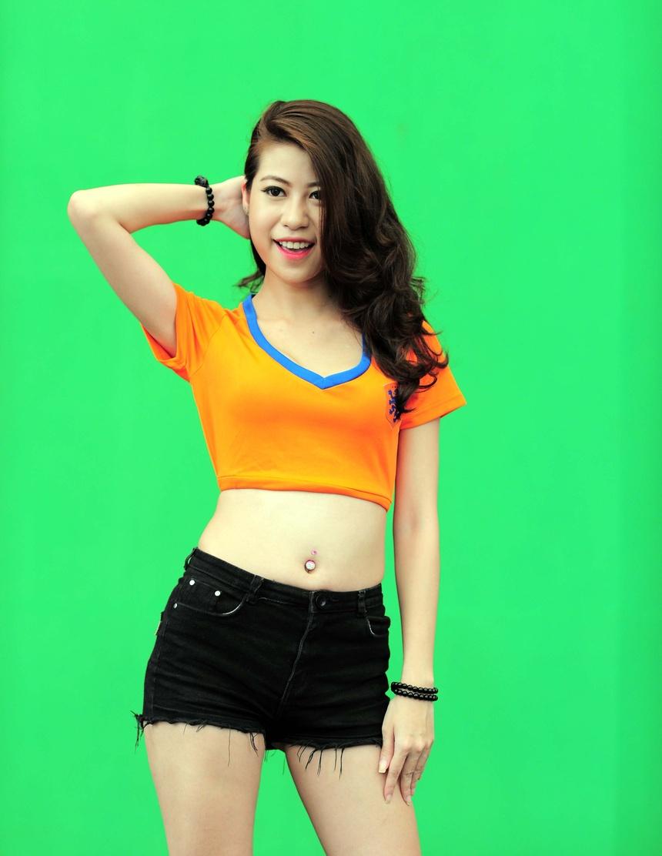 ban gai ca sy Quang Le anh 5