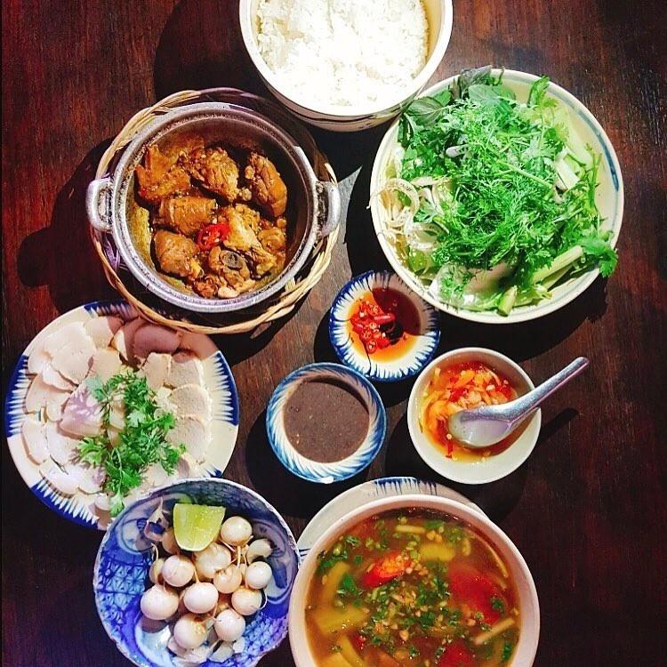 Nhung Quan Com Nha Ngon Mieng, View Dep Than Thuong O Sai Gon Hinh Anh