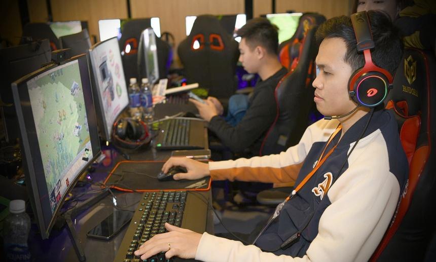 Nc247info tổng hợp: Chim Sẻ Đi Nắng đè bẹp ShenLong để vào chung kết 3 nội dung