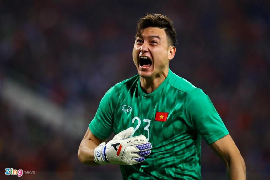 FIFA đồng ý cho Văn Lâm tới Cerezo Osaka