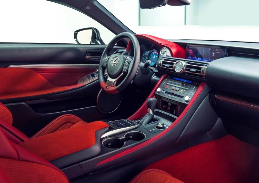 Lexus RC F ban hieu suat cao gia 100.000 USD co xung dang? hinh anh 10