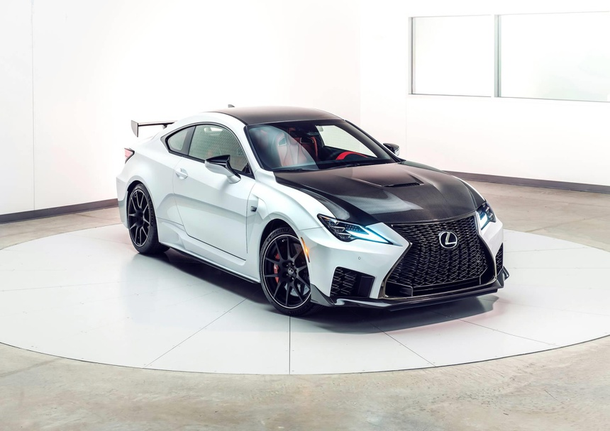 Lexus RC F ban hieu suat cao gia 100.000 USD co xung dang? hinh anh 7