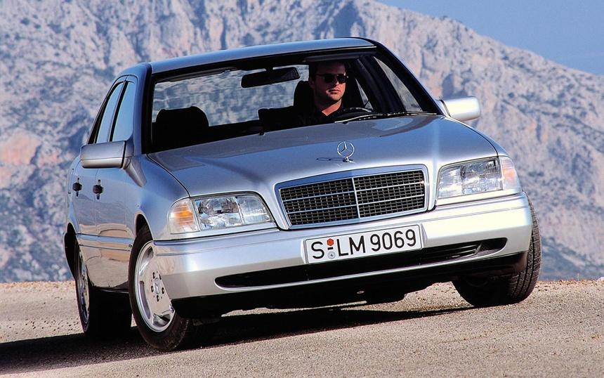 Khoi nguon Mercedes-Benz C-Class - sinh ra tu suc ep cua BMW hinh anh 4