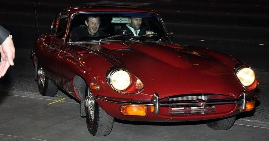 Jason Statham - tay choi xe sung so tu trong phim toi ngoai doi hinh anh 8