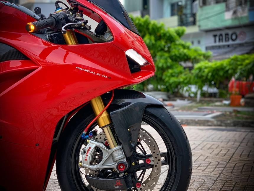 Moto tien ty Ducati Panigale V4 S voi goi do dat gia tai TP.HCM hinh anh 9 V4_15.jpeg