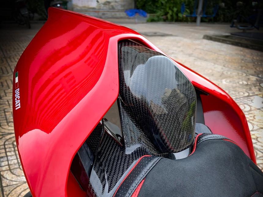 Moto tien ty Ducati Panigale V4 S voi goi do dat gia tai TP.HCM hinh anh 18 V4_25.jpeg