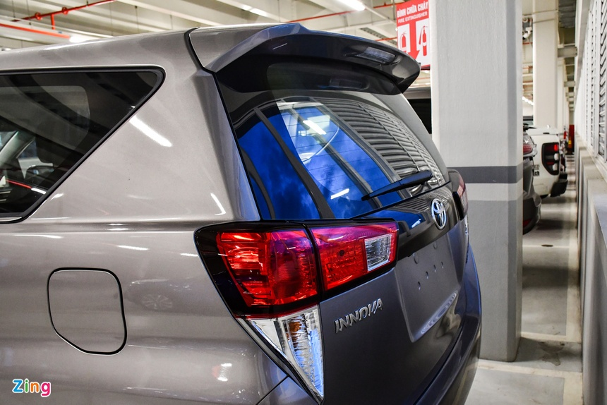 Toyota Innova 2021 duoc dua ve dai ly anh 2