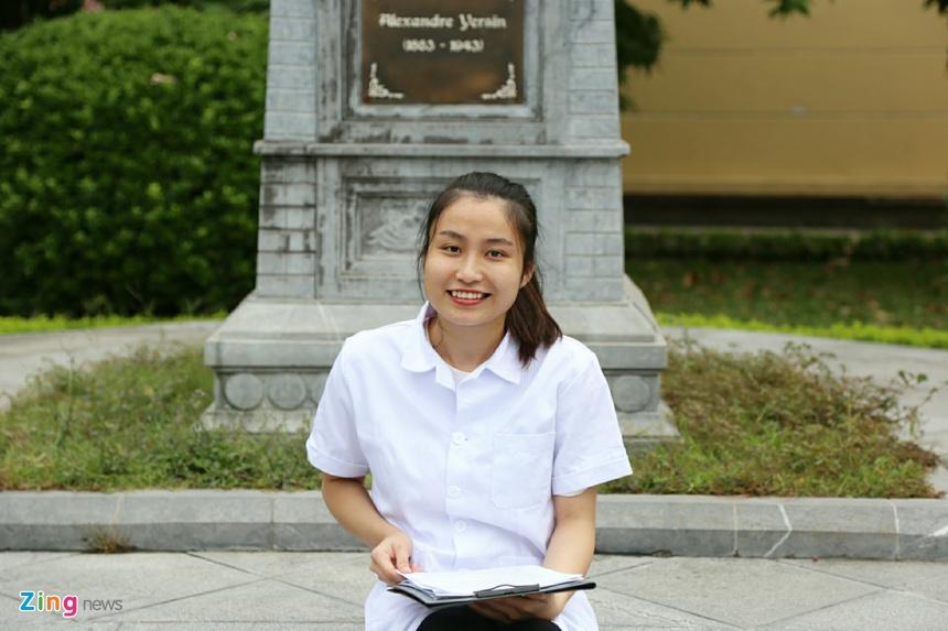 Hương Giang hiện là sinh viên năm 4 ngành Y tế dự phòng, ĐH Y Hà Nội.