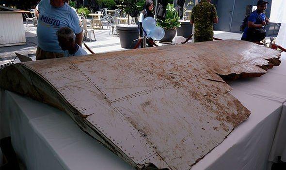 5 nam MH370 - nhung gia thuyet ve bi an lon nhat lich su hang khong hinh anh 3