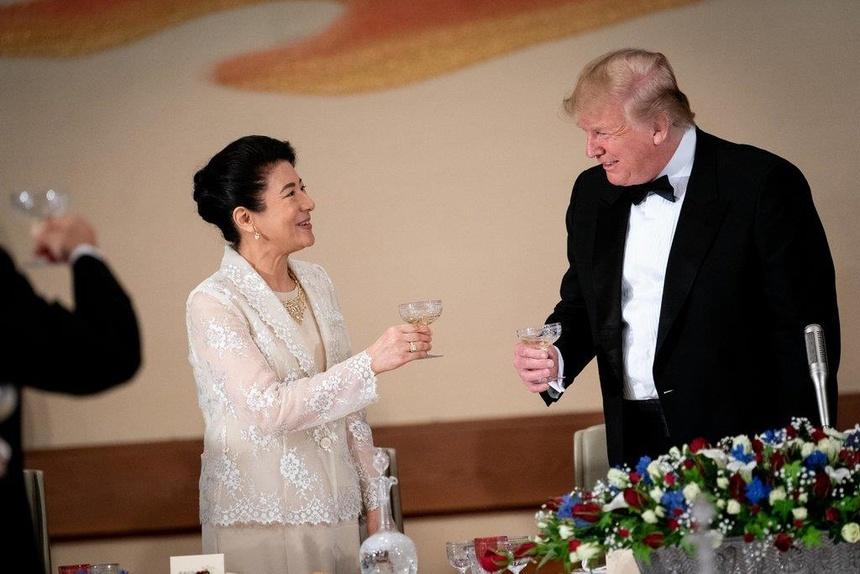 Hoang hau Masako tro thanh ngoi sao trong buoi don tiep TT Trump hinh anh 3