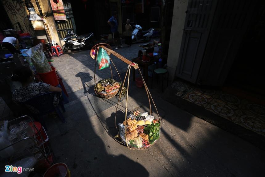 Nhung khoanh khac mua thu Ha Noi lay dong long nguoi hinh anh 6