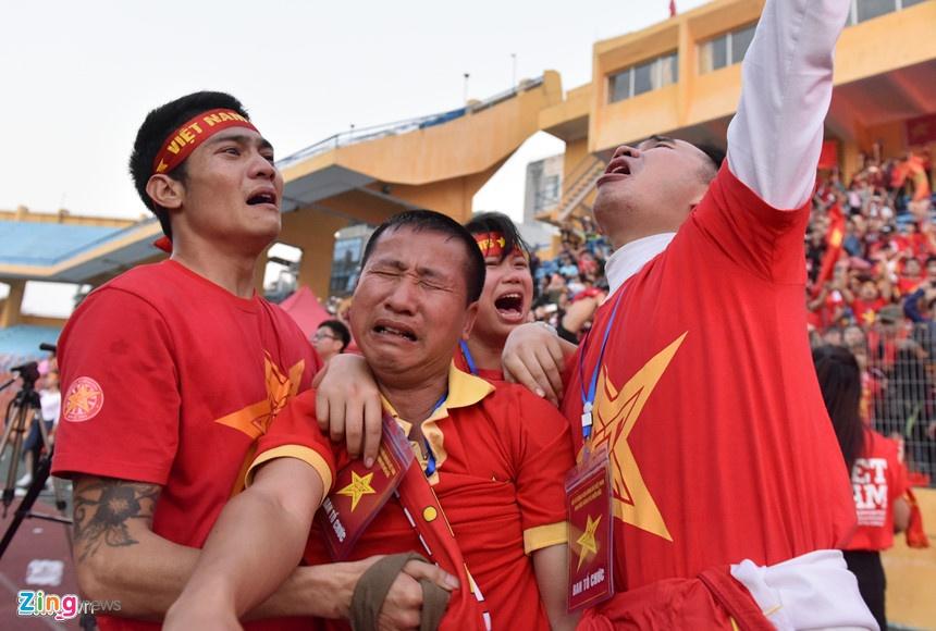 Nhin lai mot nam dinh cao cua bong da Viet Nam hinh anh 7