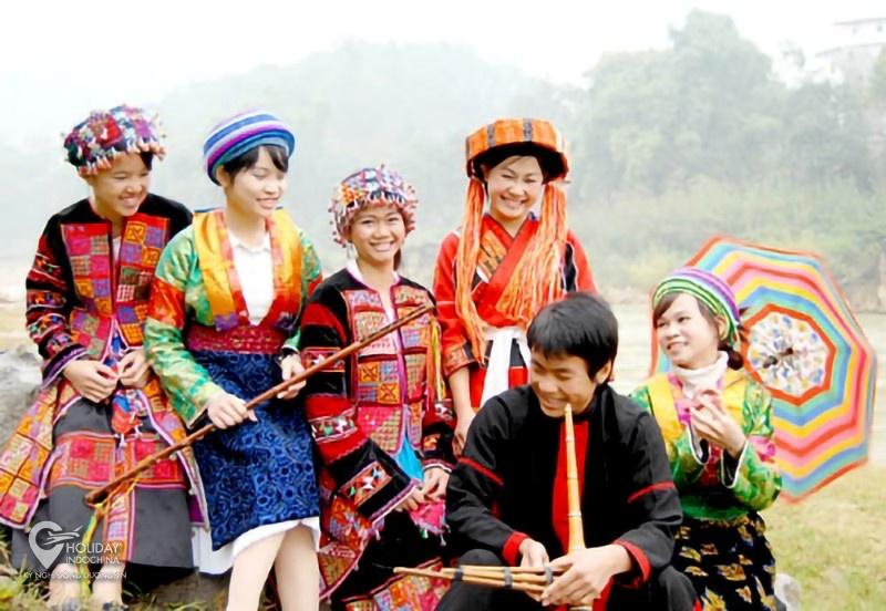 Tỉnh nào nổi tiếng với chợ tình Phong Lưu?