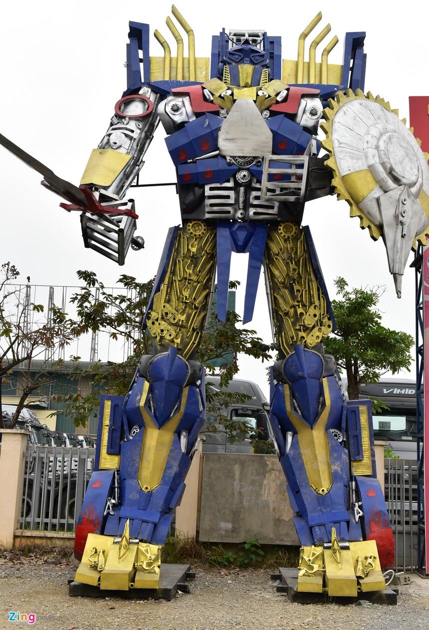 Mo Hinh Robot Khong Lo 300 Trieu Dung Canh Cong Cong Ty Hinh Anh 2