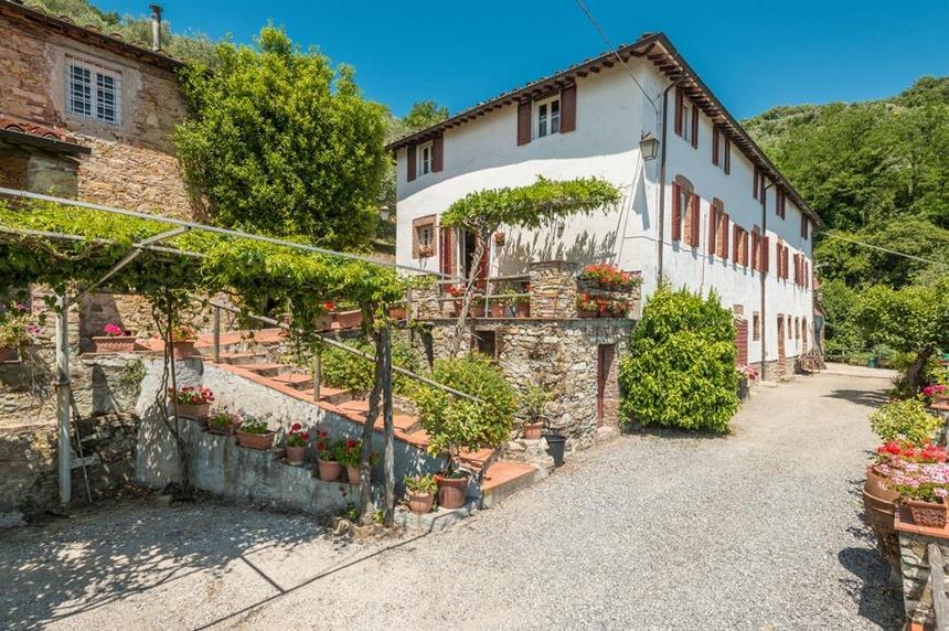 Tuscany, Italy: Căn nhà đồng quê ( 1,1 triệu USD )