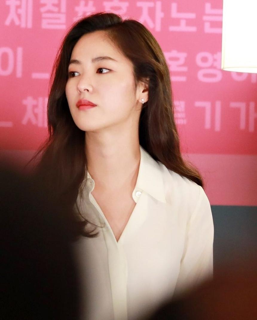 nhan sac tinh moiSong Joong Ki anh 3