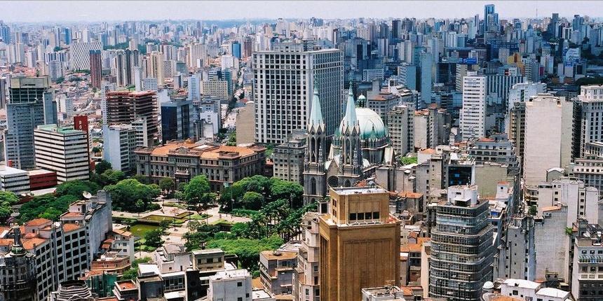 Hình ảnh những toà nhà chọc trời xen kẽ với các khu nhà ổ chuột tồi tàn  dường như đã trở thành biểu tượng đặc trưng khi nhắc đến Sao Paulo. 82a5c2a8d5e82