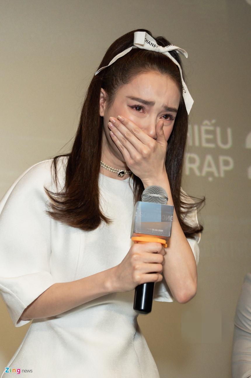 Nha Phuong ra mat phim Song song anh 3