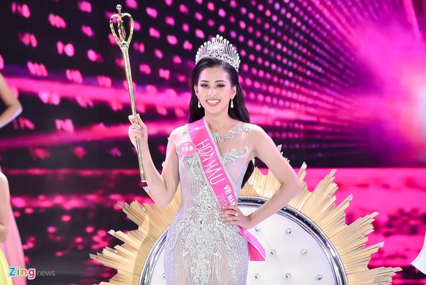 Sau nua nam, Top 5 Hoa hau Viet Nam goi cam hon, cong khai tinh yeu hinh anh 1