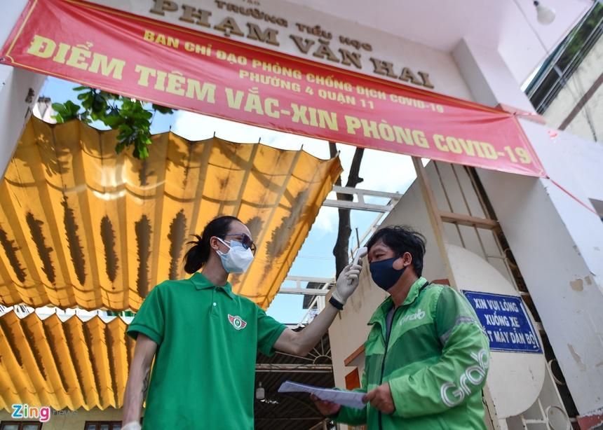 Tiem mui 2 vaccine Covid-19 anh 3