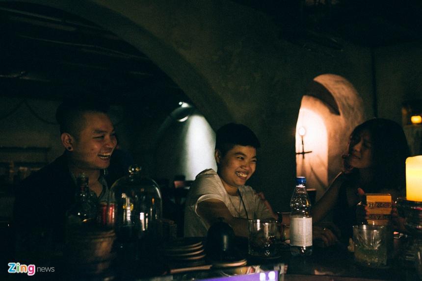 Mot dem cua anh chang bartender Sai Gon hinh anh 16