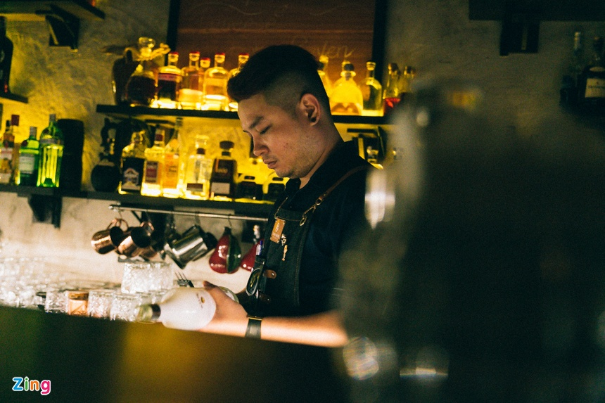 Mot dem cua anh chang bartender Sai Gon hinh anh 9