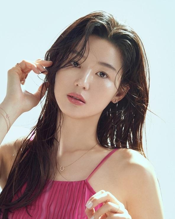 Phong vien Kim Young Ho anh 1