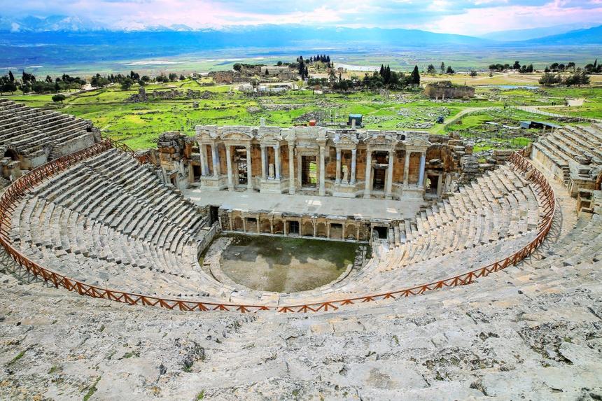 Cong dia nguc Hierapolis anh 2