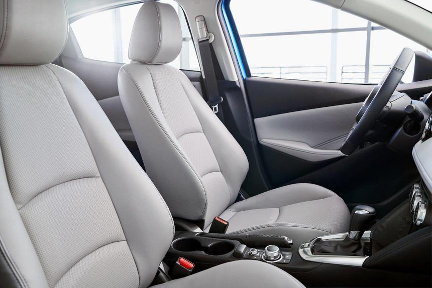 Toyota Yaris 2020 lo dien, bat ngo so huu thiet ke giong Mazda hinh anh 6