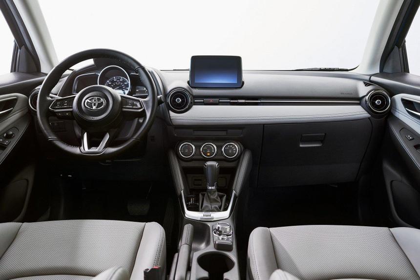 Toyota Yaris 2020 lo dien, bat ngo so huu thiet ke giong Mazda hinh anh 7