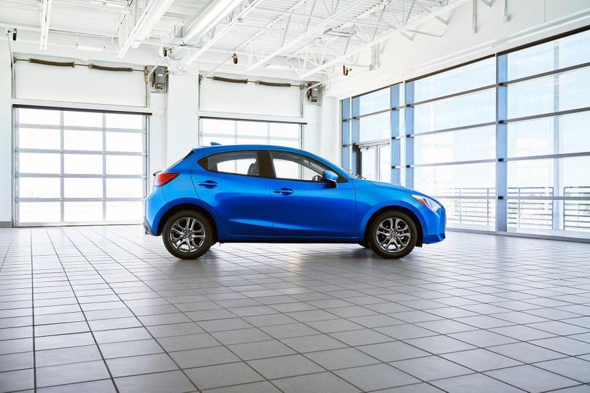 Toyota Yaris 2020 lo dien, bat ngo so huu thiet ke giong Mazda hinh anh 4