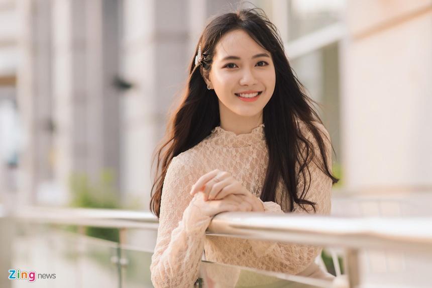Jang Mi: '23 tuoi chua yeu ai, se sexy va noi loan vao ngay khong xa' hinh anh 4