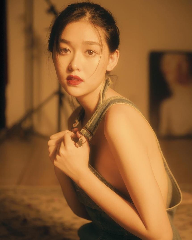 Tuong San - tu hot girl mang den top 8 Hoa hau Quoc te hinh anh 32