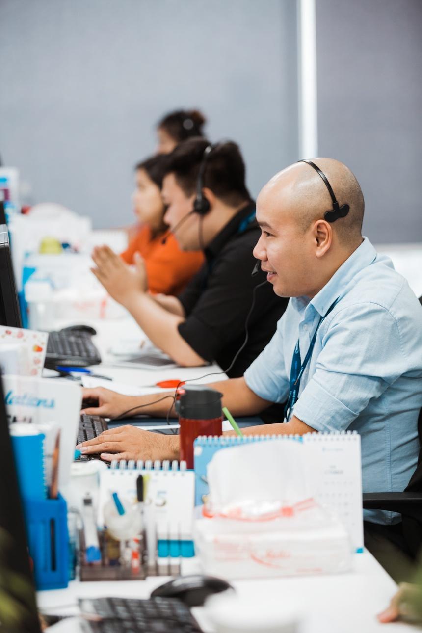 Giam doc KD VietnamWorks: 'Sales khong phai nghe di xin, ma la di cho' hinh anh 11