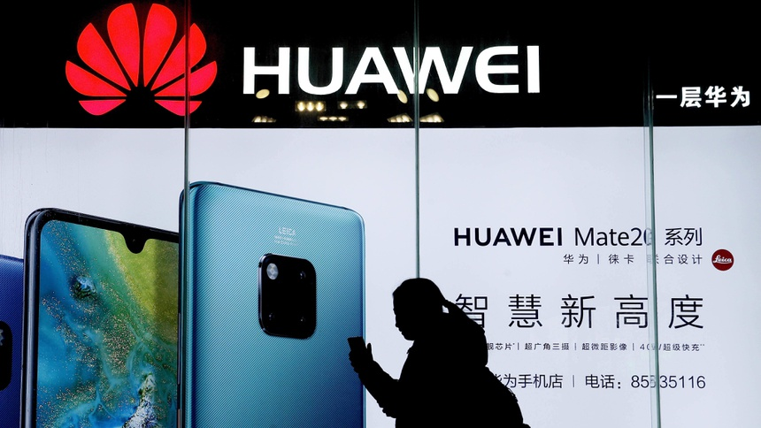 Huawei đối mặt với nguy cơ bị Mỹ cấm cửa hoàn toàn. Ảnh: AP