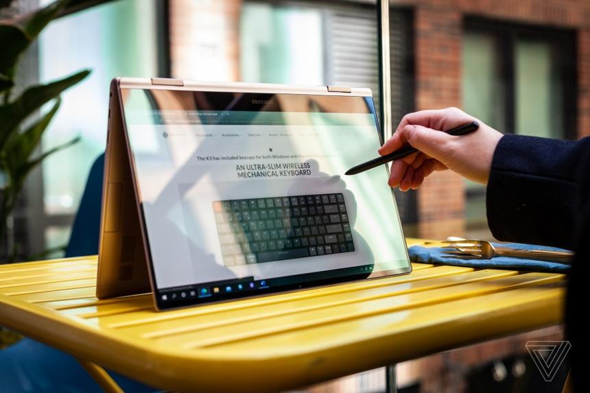 Samsung ra mat laptop Galaxy moi anh 6