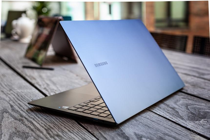 Samsung ra mat laptop Galaxy moi anh 13