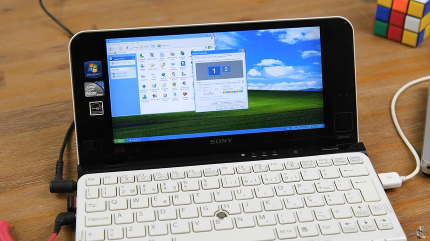 Laptop Sony VAIO P anh 2