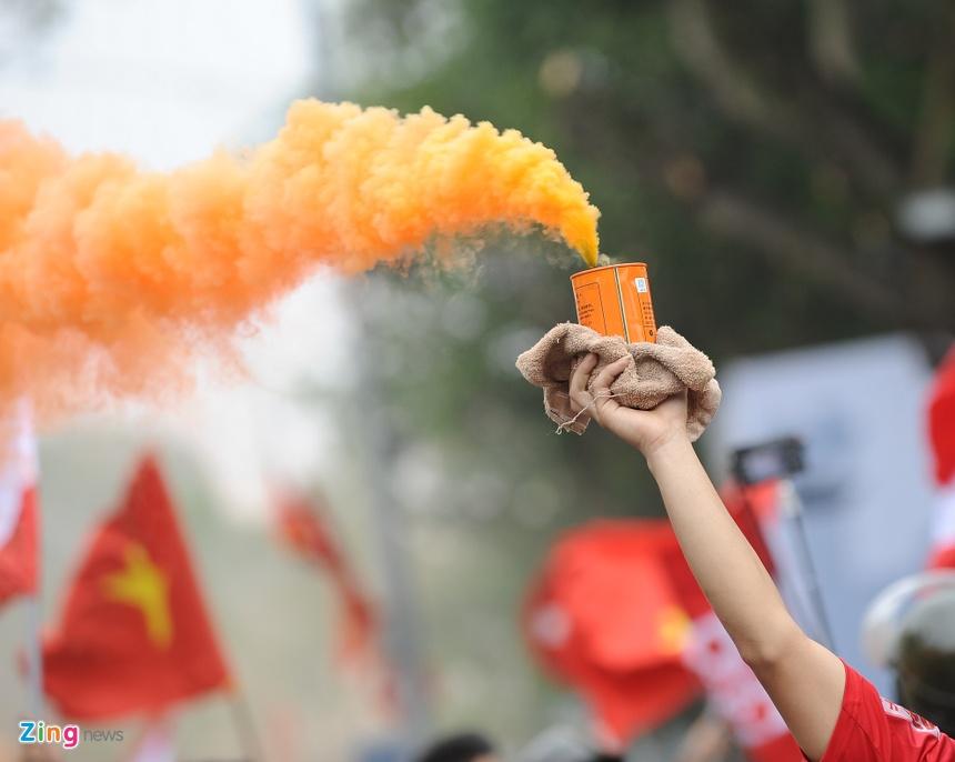 Hang Ngan Cdv Hai Phong Dot Phao, Rai Tien Am Phu O Thu Do Hinh