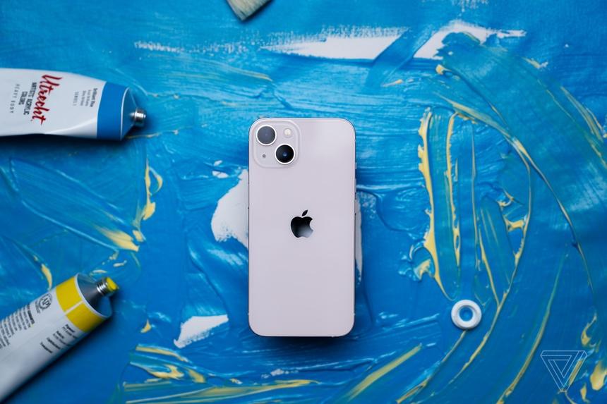 iPhone 13 cháy hàng nhưng Apple có thể không vui