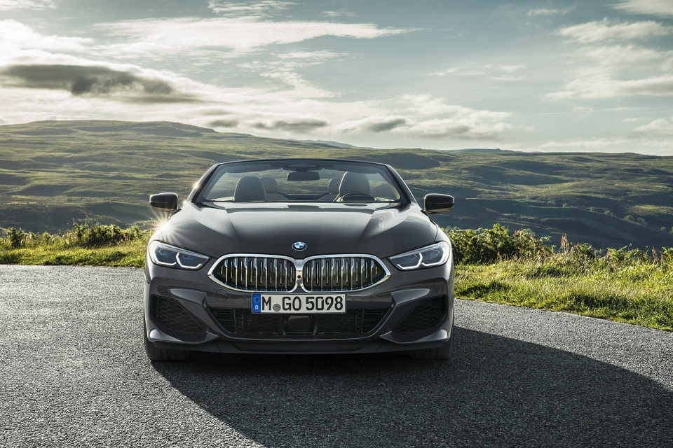 BMW 8-Series Convertible 2019 ra mat, gia tu 121.400 USD hinh anh 3