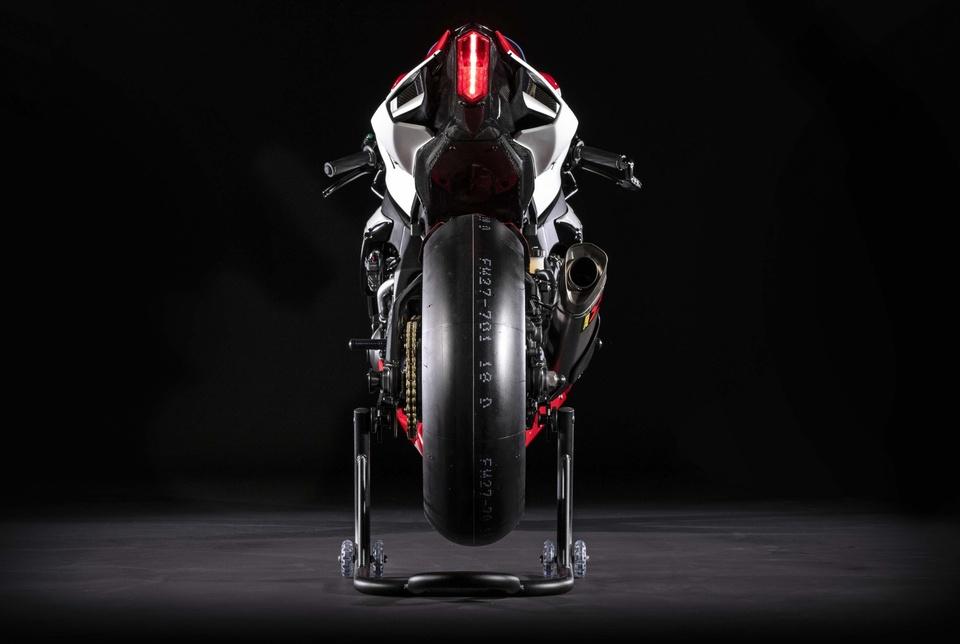 Yamaha YZF-R1 GYTR ban ky niem cuc dep ra mat, chi ban 20 chiec hinh anh 10