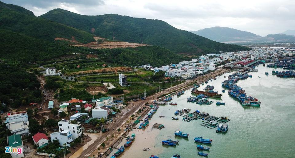 Resort, biet thu 5 sao xe nui 'treo tren dau dan' o Nha Trang hinh anh 6
