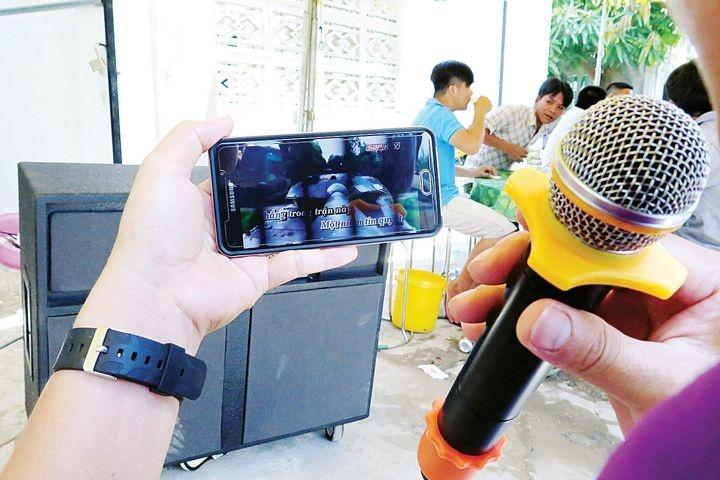 Bi kip tri van nan tieng on karaoke cua Da Nang hinh anh