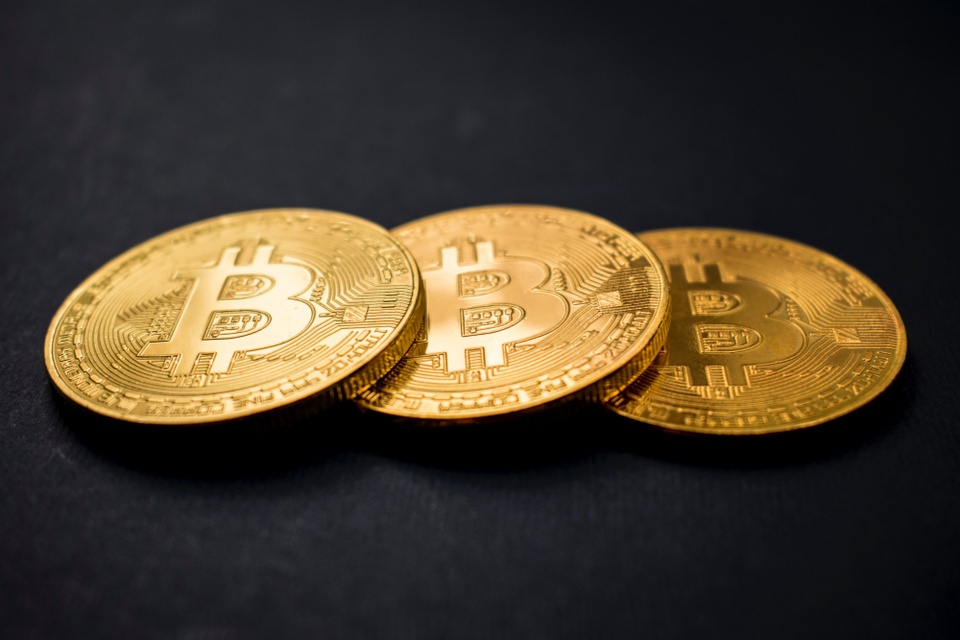 cac-cong-ty-chau-a-do-hang-tram-trieu-usd-mua-bitcoin