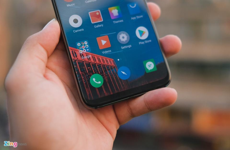 Chi tiết smartphone mỏng nhẹ nhất 2018 giá 11 triệu ở VN - 246733