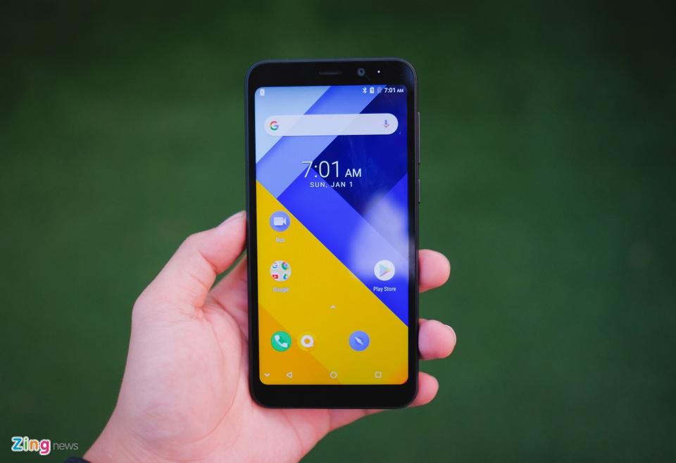 Chi tiết smartphone mỏng nhẹ nhất 2018 giá 11 triệu ở VN - 246736