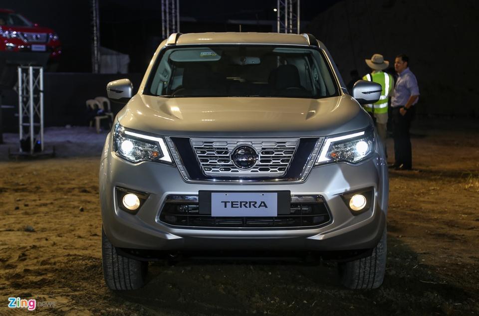 Nissan Terra 7 cho ra mat, gia tuong duong 650 trieu, ve VN dau 2019 hinh anh 2