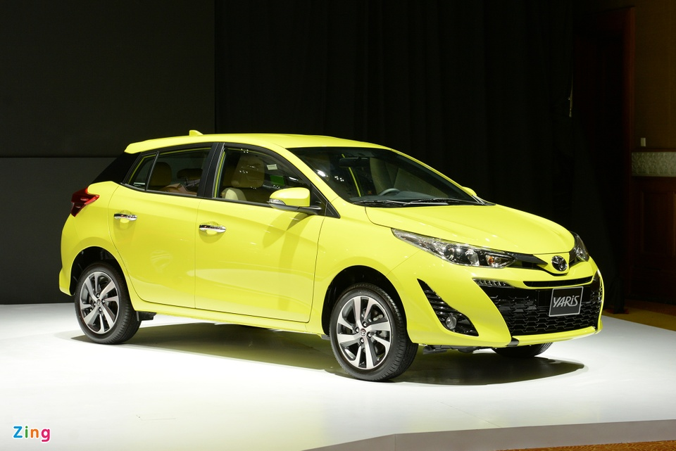 Chi tiet Toyota Yaris 2018 gia 650 trieu o VN, doi dau Honda Jazz hinh anh 1