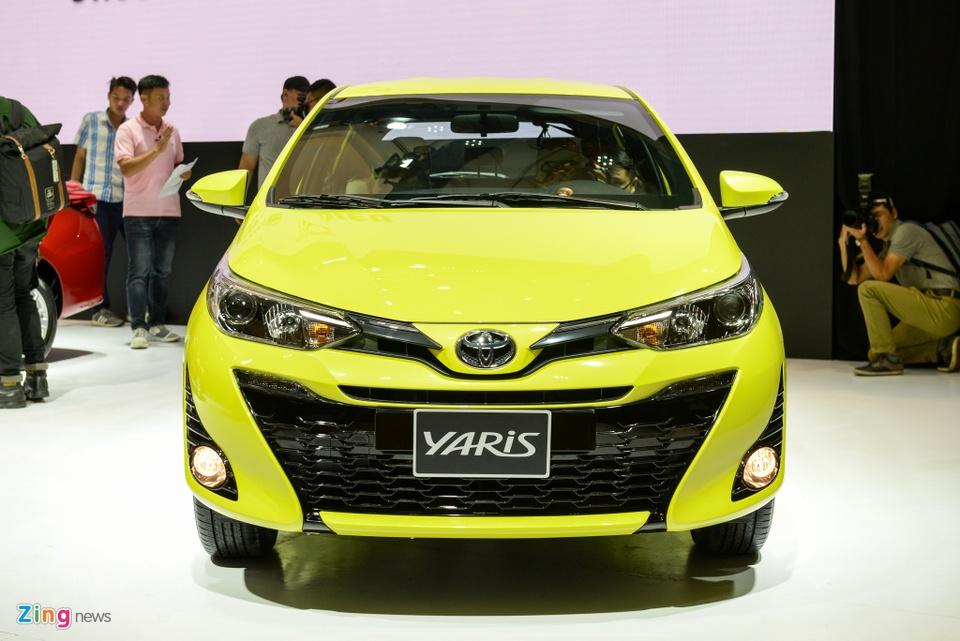Chi tiet Toyota Yaris 2018 gia 650 trieu o VN, doi dau Honda Jazz hinh anh 2